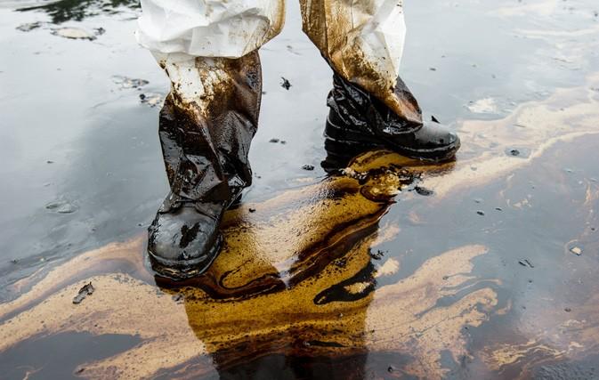 Oil Spill pic1