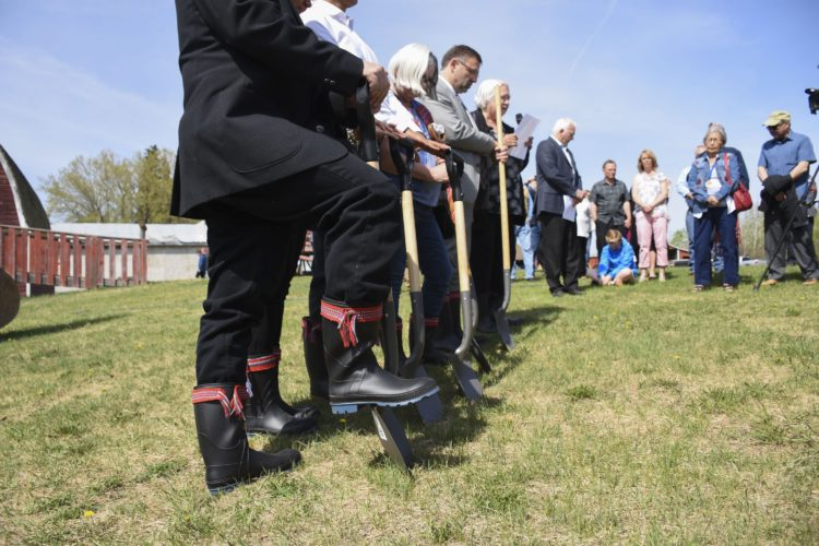 Breaking ground on new Alberta Metis Centre